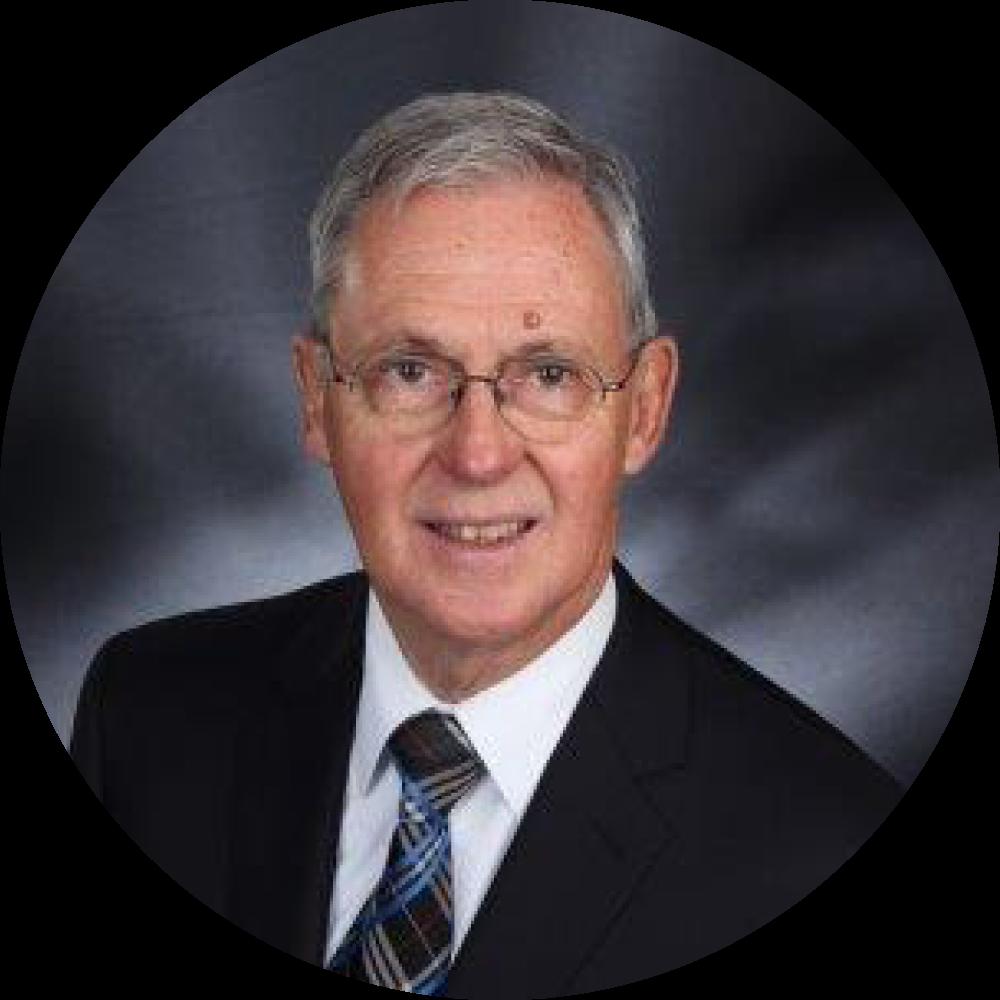R. Leslie Jackson, vice-président et trésorier